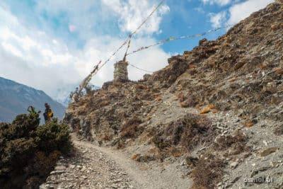 Szlak w Himalajach dookoła Annapurny.