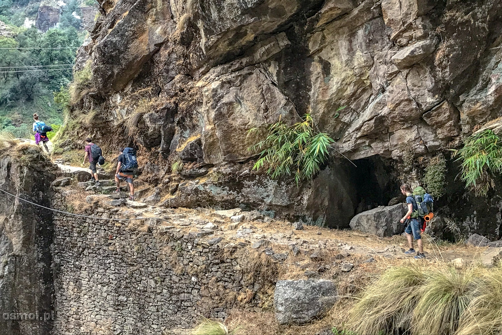 Szlak w Nepalu - dolne partie trekkingu dookoła Annapurny