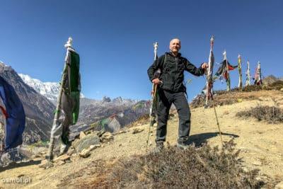 Panorama Himalajow i widok na Bhrakę gdzie znajduje się lodga w której śpię.