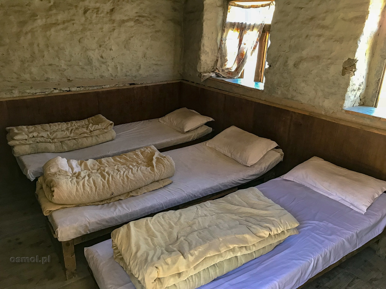 Pokój w na szlaku w Himalajach