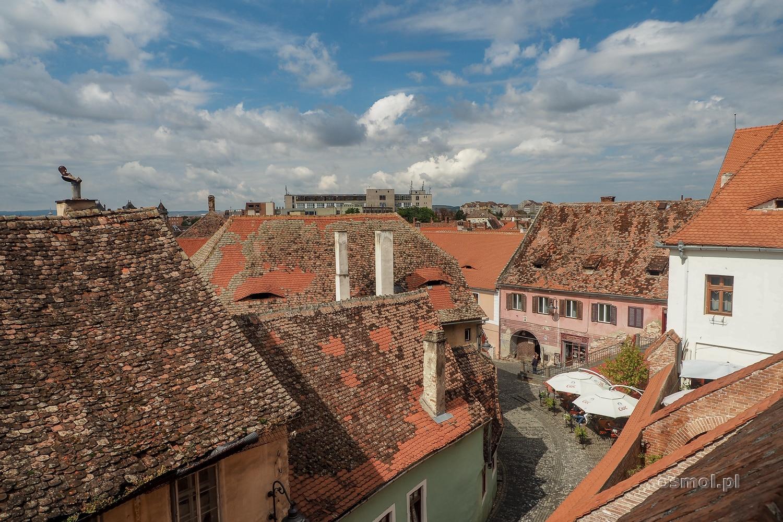 Dachy tradycyjnych saskich domów w Sybinie