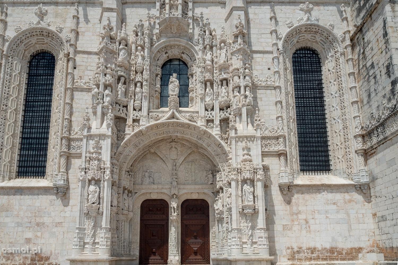 Południowe wejście do kościoła Klasztoru Hieronimitów