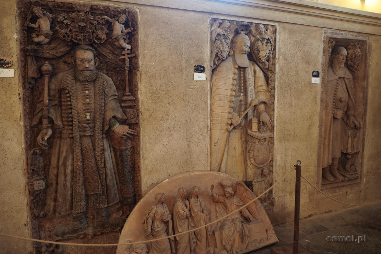 Płyty nagrobne w Katedrze Ewangelickiej w Sybinie