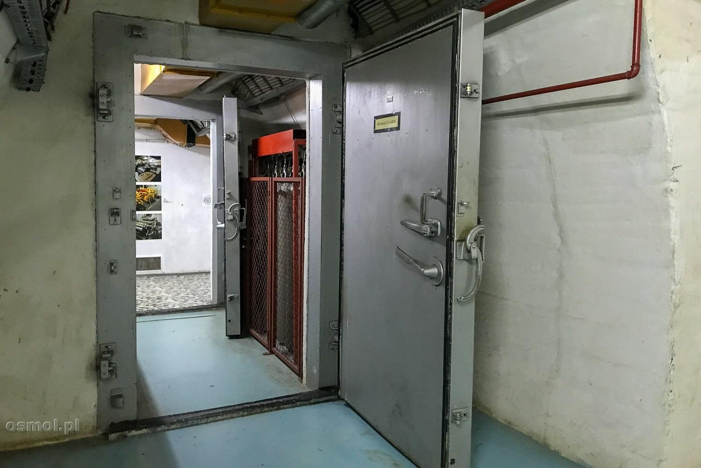 Drzwi ognioodporne w bunkrze Tito
