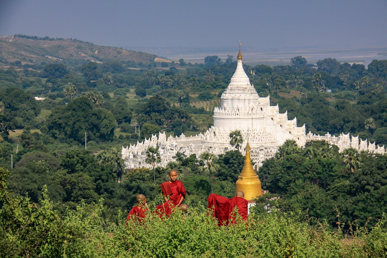 Świątynia Hsinbyume pagoda w Mingun