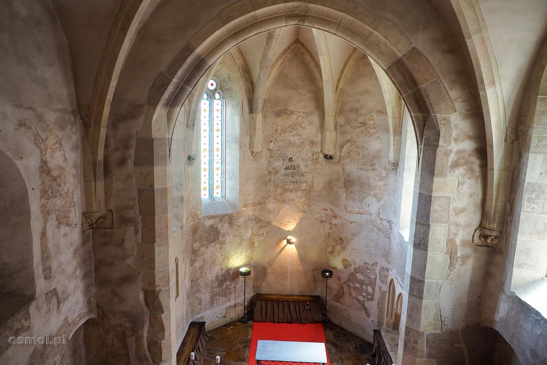 Wnętrze kościoła na zamku w Hunedoarze
