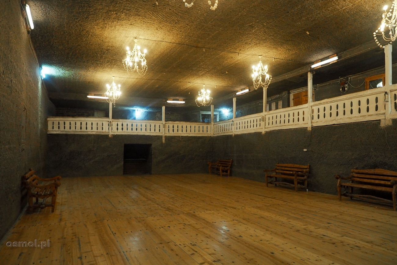 Sala balowa w kopalni soli Kaczyka - tu organizowane są potańcówki i koncerty.