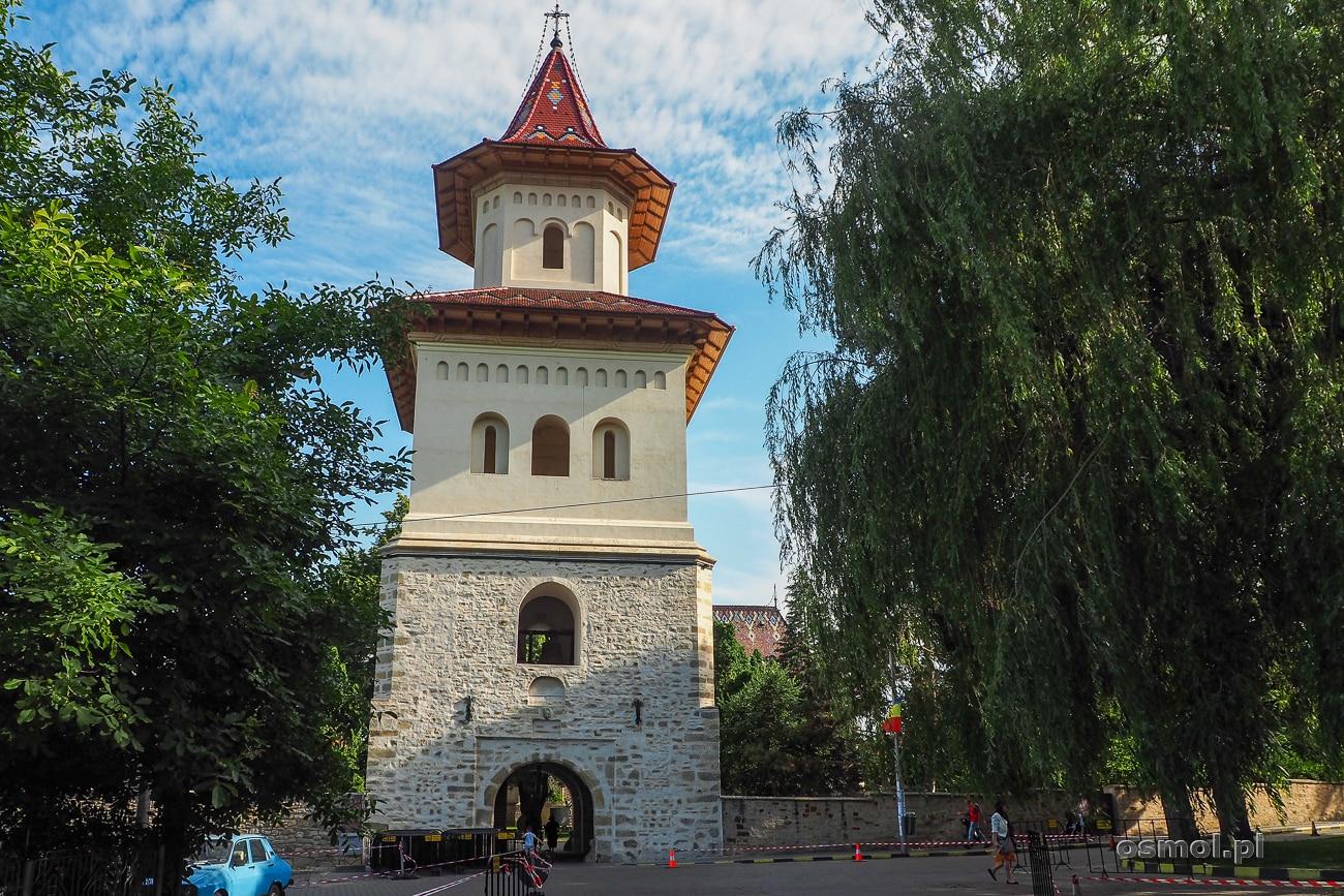 Wieża i brama wejściowa do Monastyru św. Jana Nowego