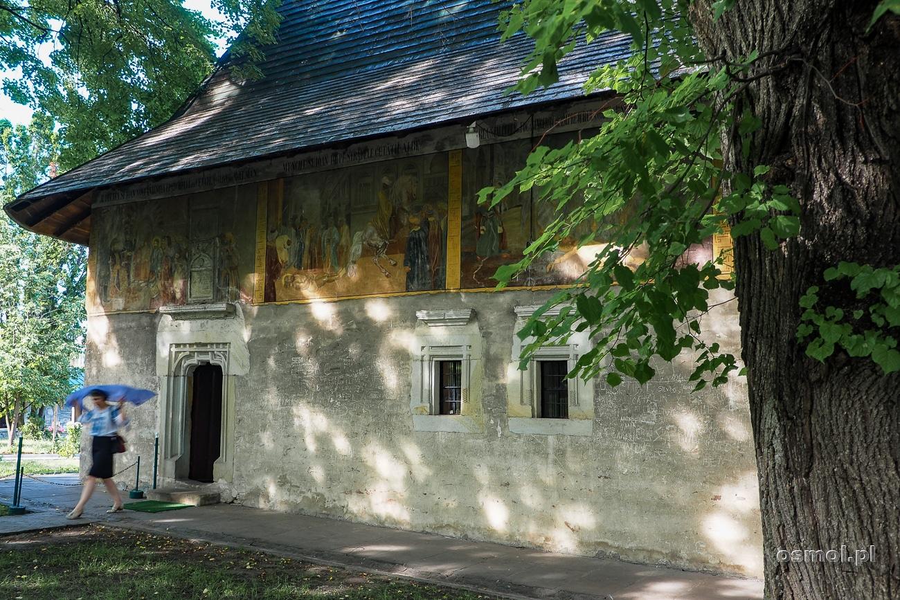 Freski zewnętrzne na budynku klasztoru Św. Jana Nowego
