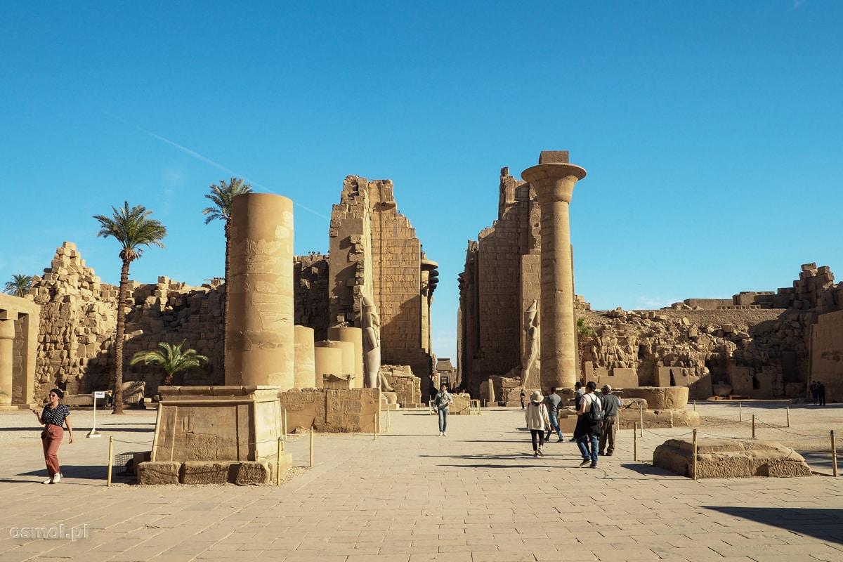 Świątynia w Karnaku. Egipt