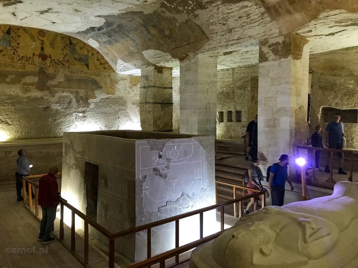 Komnata grobowa w grobowcu faraona Merenptaha w Dolinie Królów