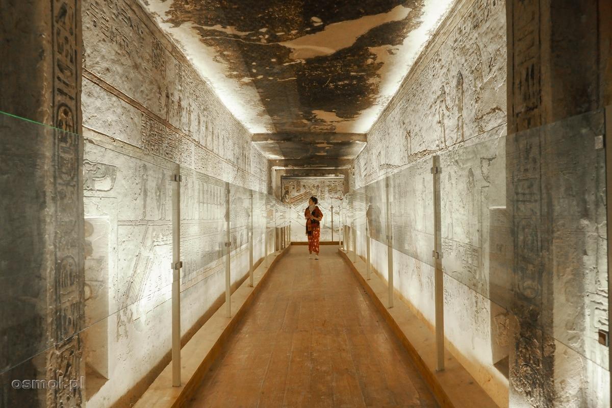 Korytarz w grobowcu Ramzesa III w Dolinie Królów