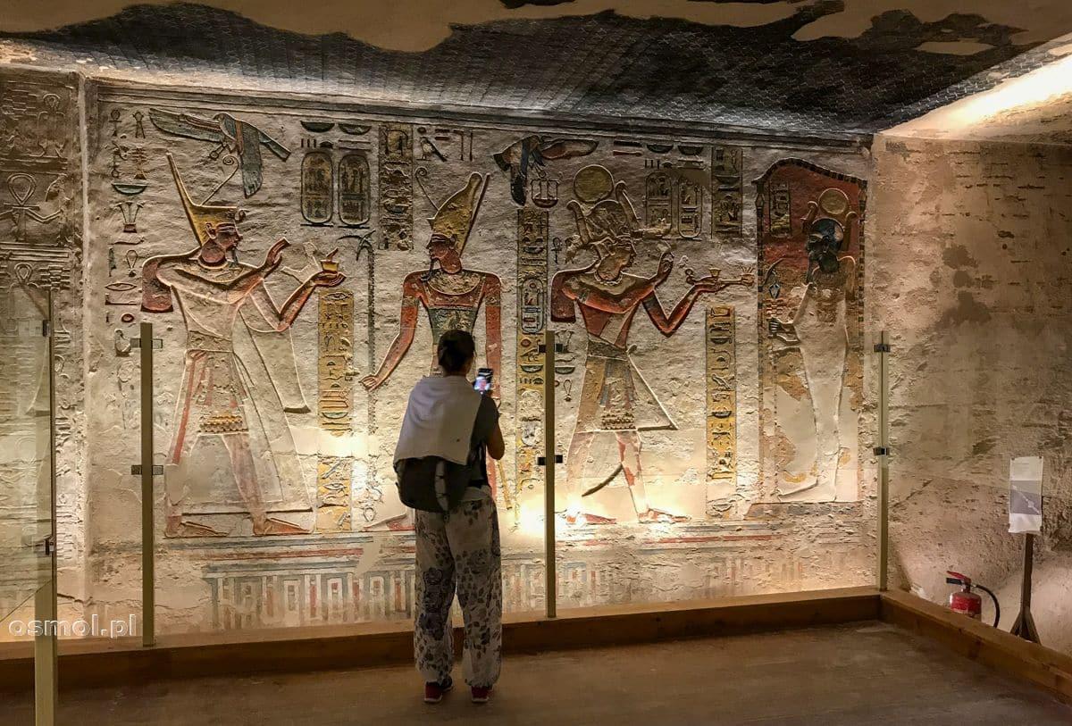 Zdobienia ścian grobowca Ramzesa III
