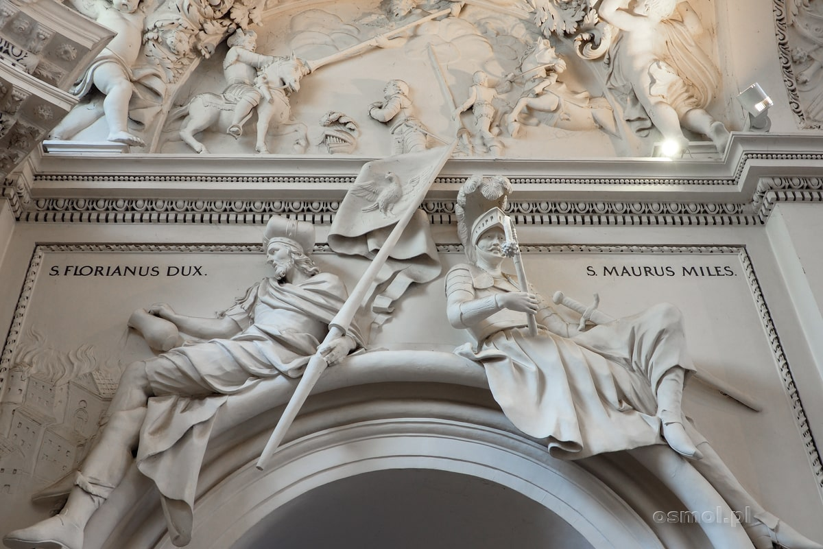 Sztukateria ze św. Florianem w kościele na Antokolu w Wilnie