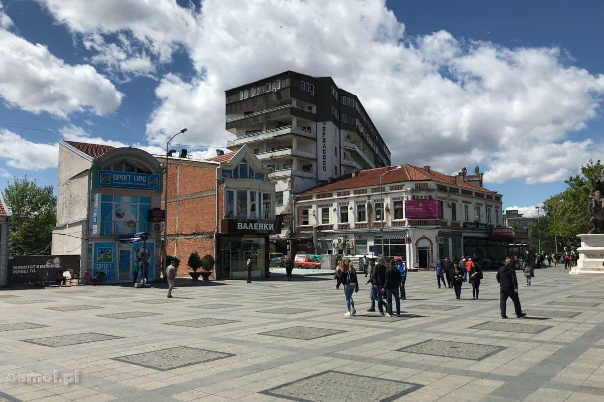 Prilep - budynki obok głównego placu miasta