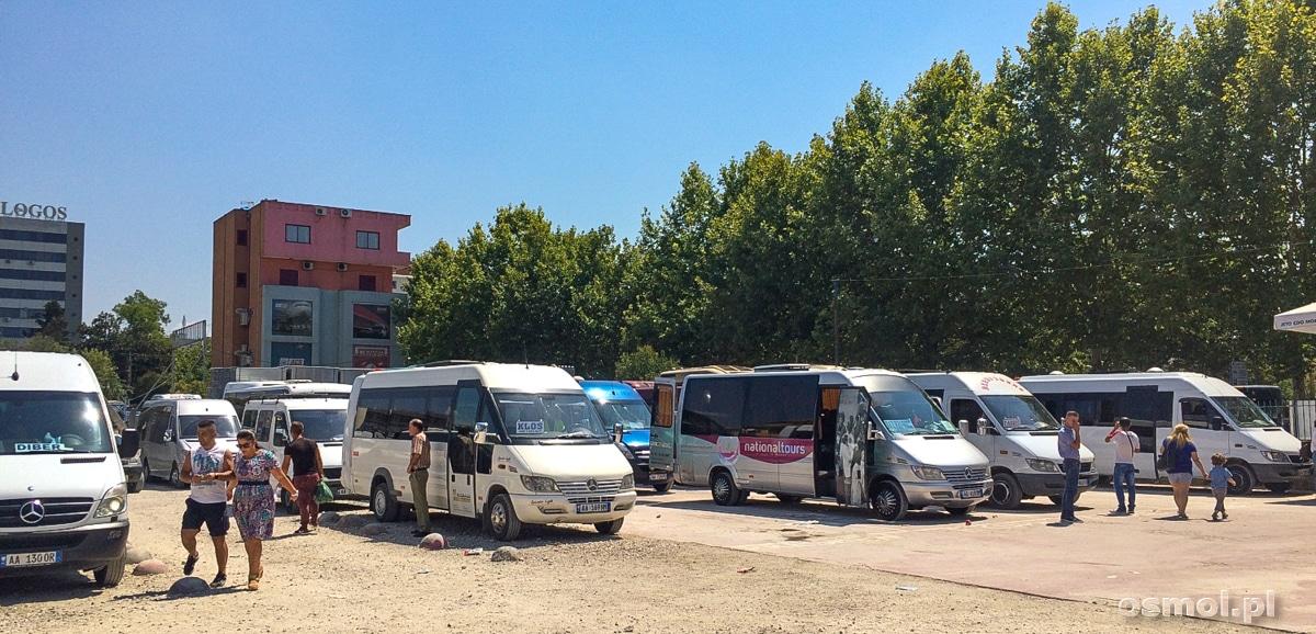Dworzec busów w Tiranie
