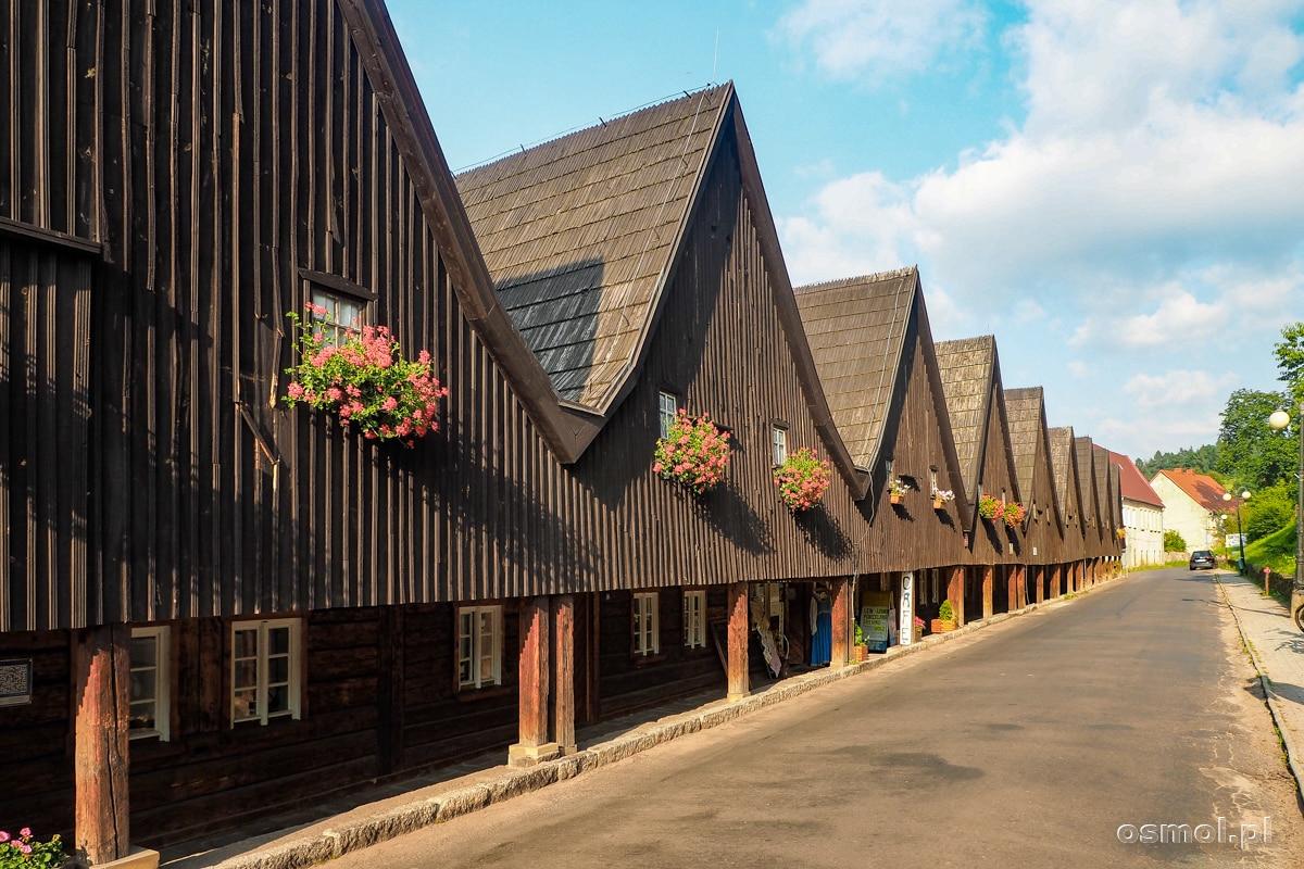 Domy tkaczy zwane Dwunastoma apostołami w Chełmsku Śląskim