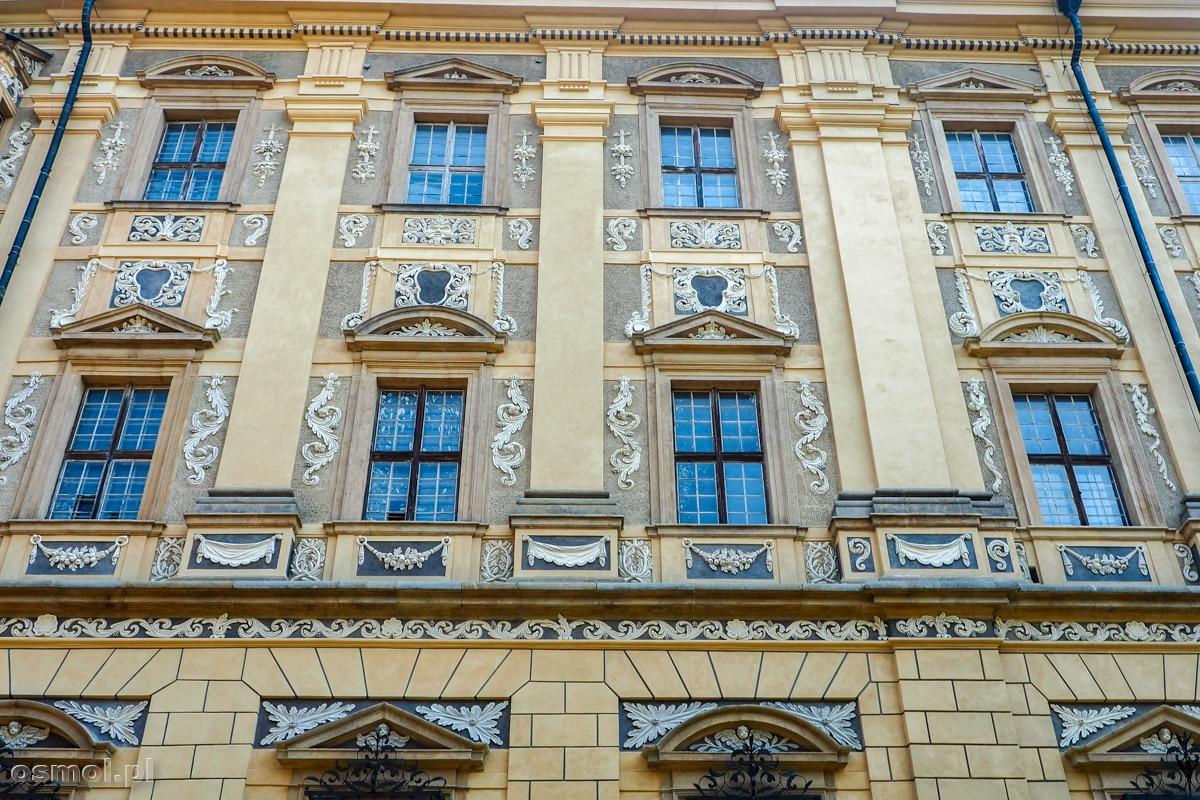 Fasada opactwa cystersów w Lubiążu