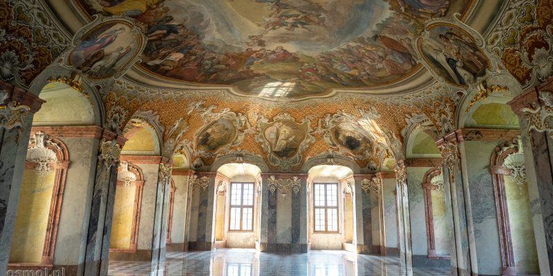 Opactwo cystersów w Lubiążu. Letni refektarz czyli jedno z najpiękniejszych pomieszczeń na terenie klasztoru.