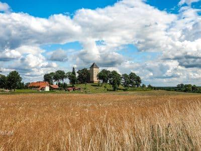 Dawna strażnica krzyżacka w Bezławkach, zwana też czasami zamkiem.