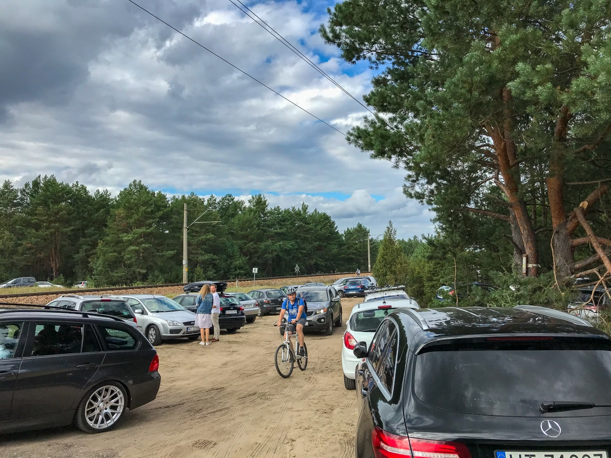 Parking przy Wrzosowisku Mostówka