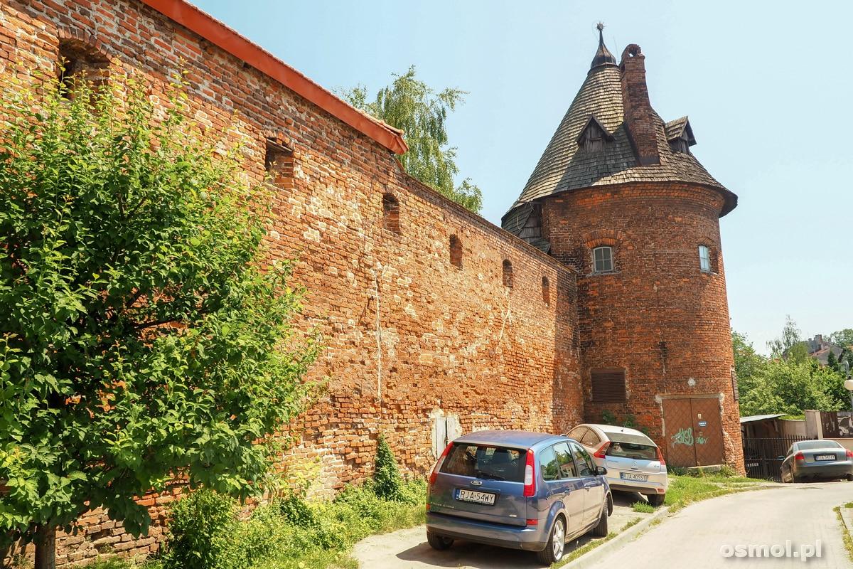 Mury opactwa Dominikanów w Jarosławiu