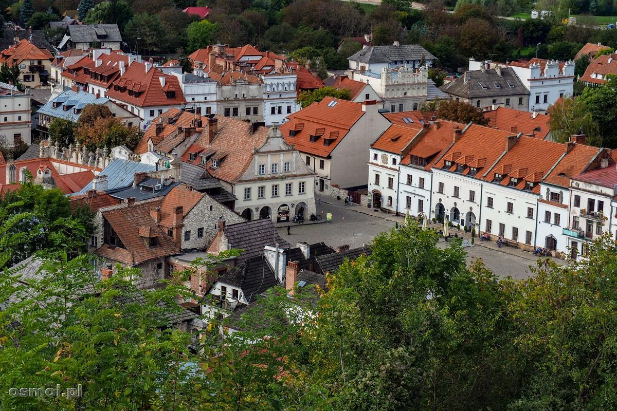 Widok na Rynek w Kazimierzu Dolnym z Góry trzech Krzyży