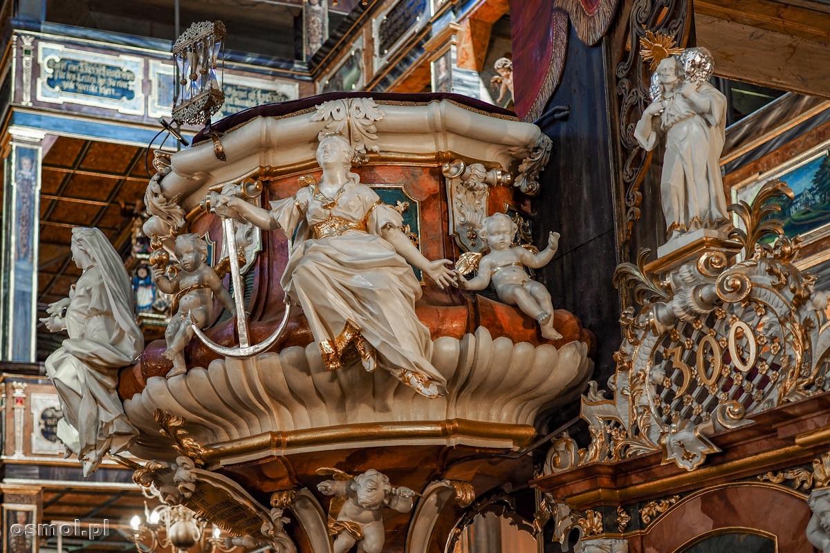 Symboliczne rzeźby na ambonie Kościoła Pokoju w Świdnicy