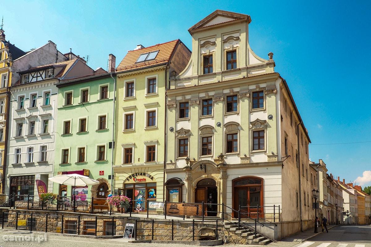 Historyczne kamienice na skrzyżowaniu Rynku z ulicą Solną