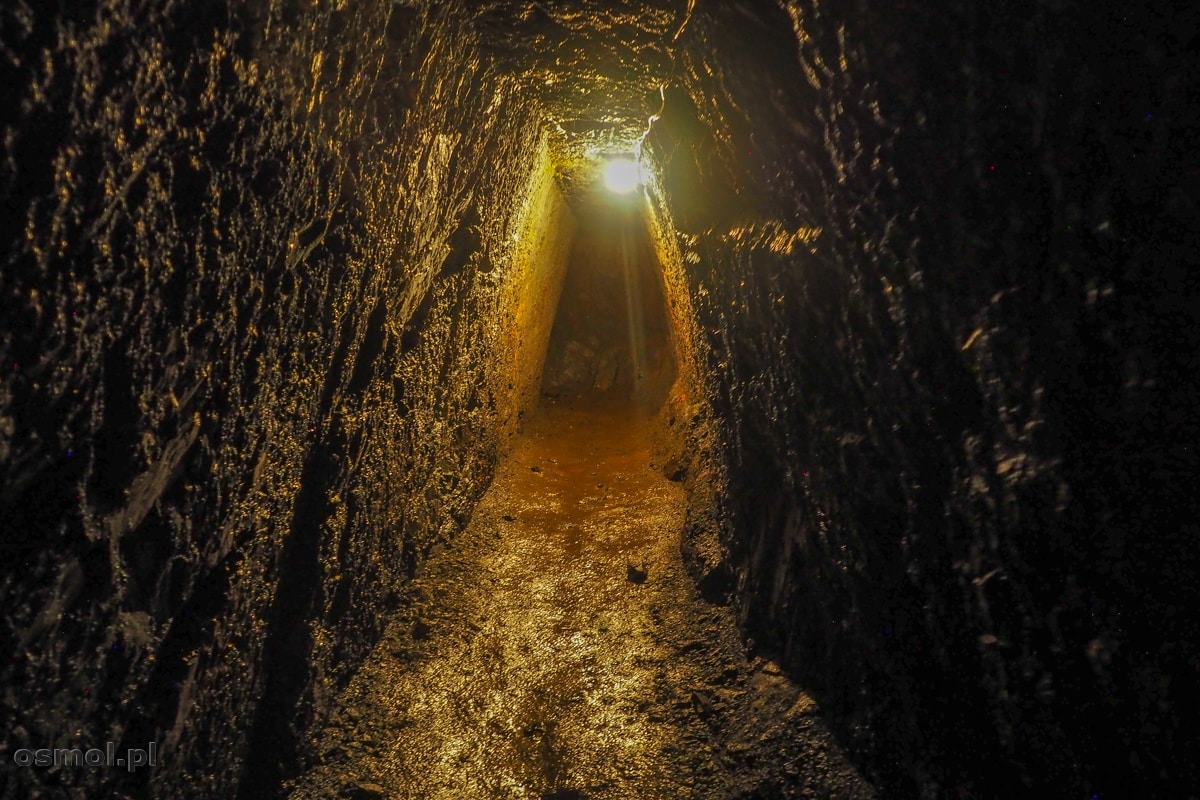 Korytarz w kopani złota Aurelia w Złotoryi