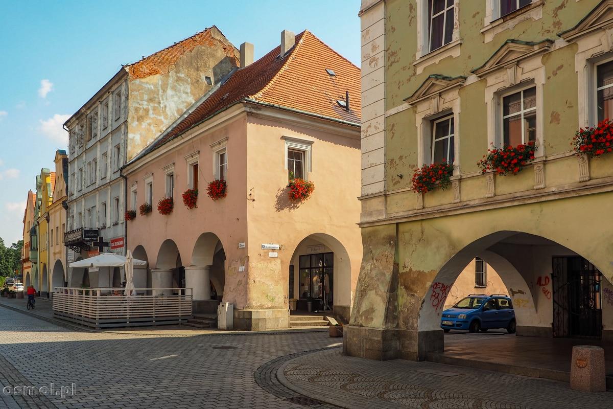 Stare kamienice przy Rynku w Jaworze