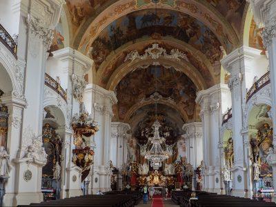Krzeszów. Wnętrze bazyliki dawnego opactwa Cystersów