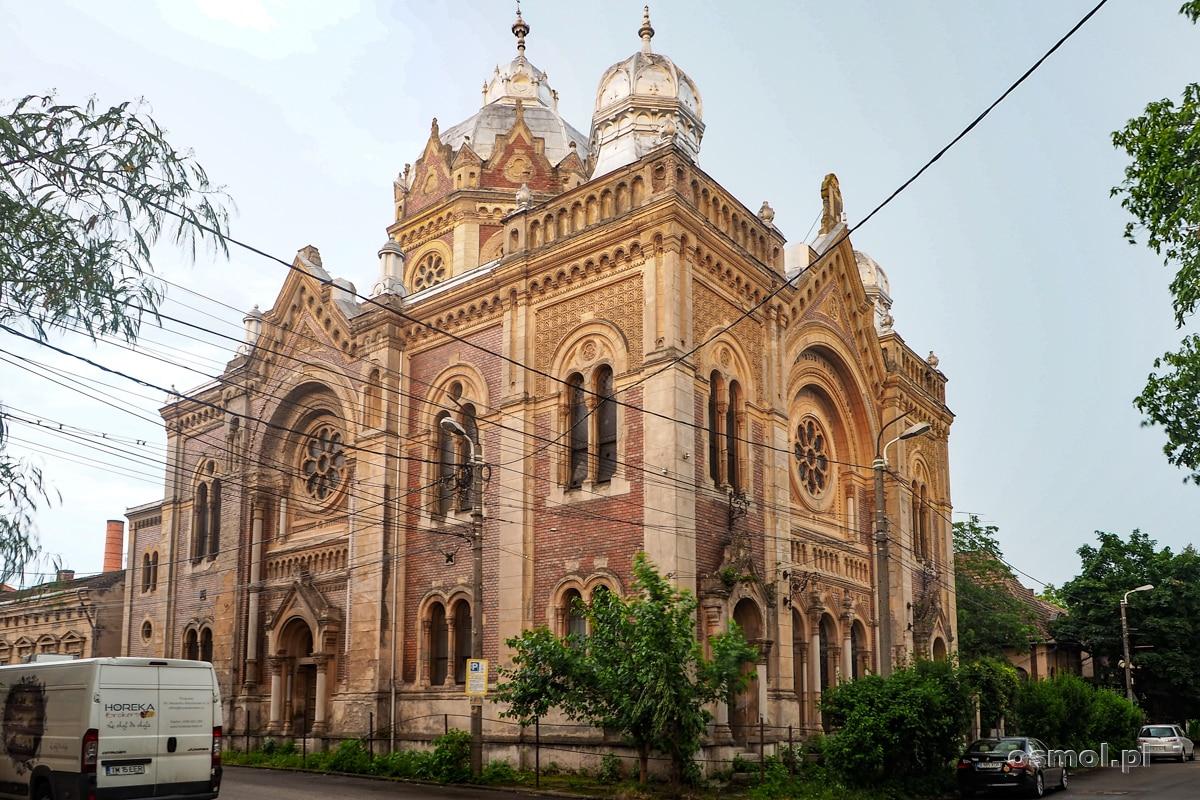 Nowa Synagoga w Timisoarze. Niegdyś wspaniały budynek będący centrum żydowskiej społeczności, dziś niszczeje i nie wiadomo, ile jeszcze przetrwa