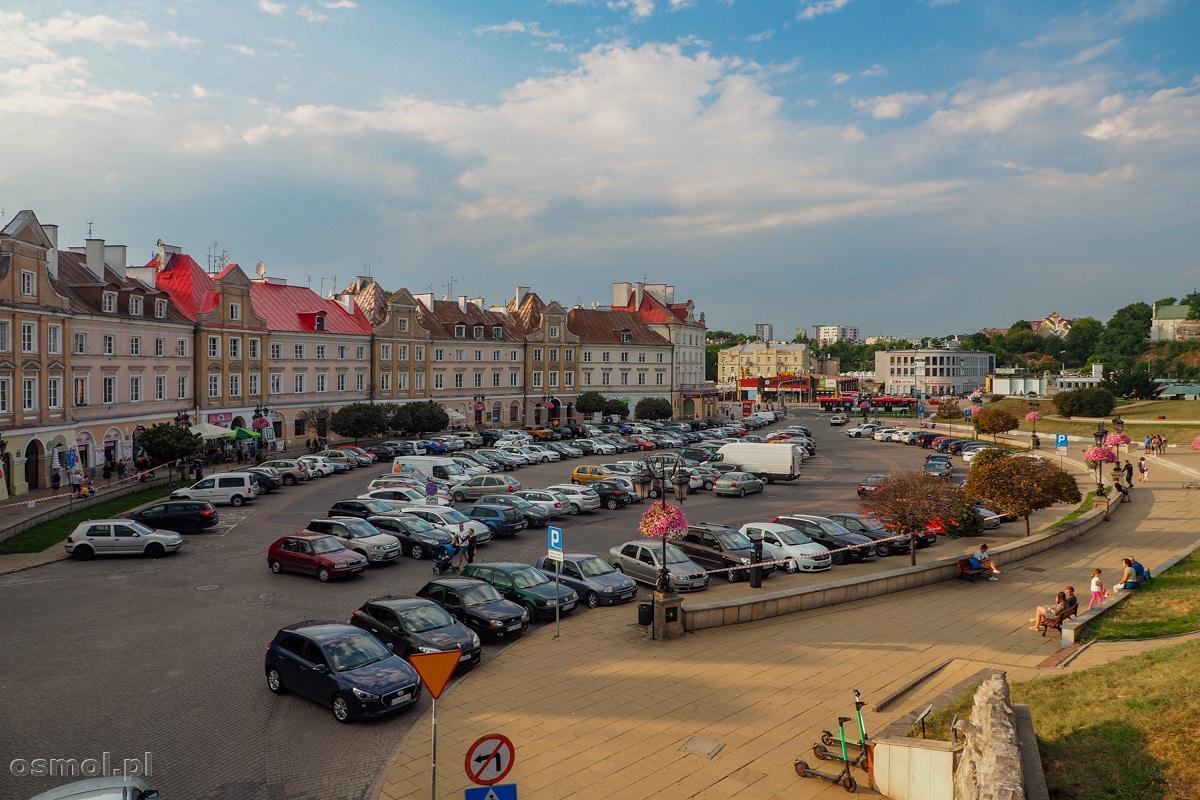 Plac Zamkowy czyli miejsce, gdzie kiedyś mieściła się dzielnica żydowska
