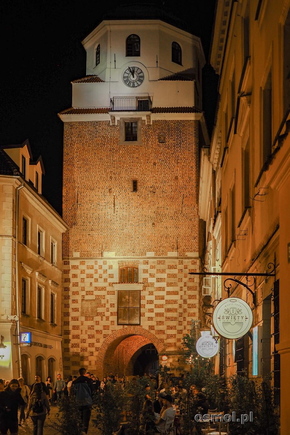 Brama Krakowska w Lublinie widziana od strony Starego Miasta