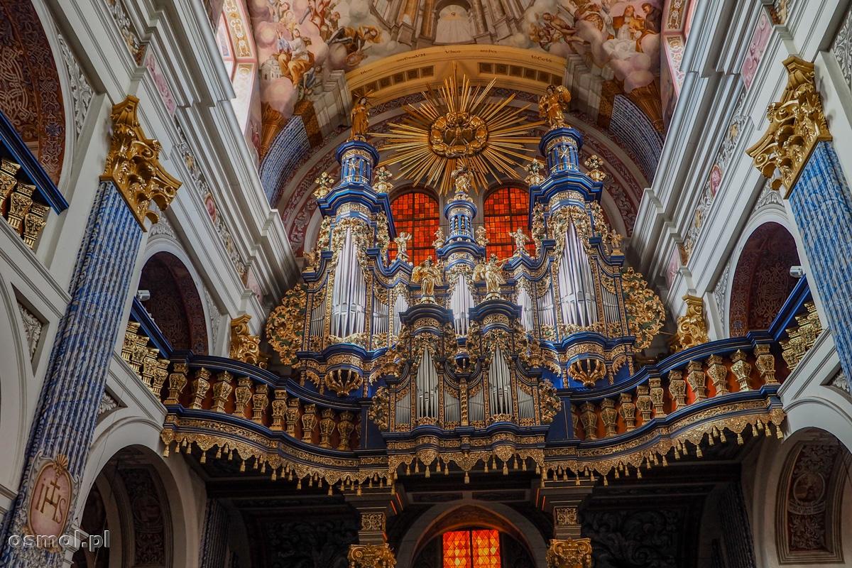 Prospekt organowy kościoła w Świętej Lipce