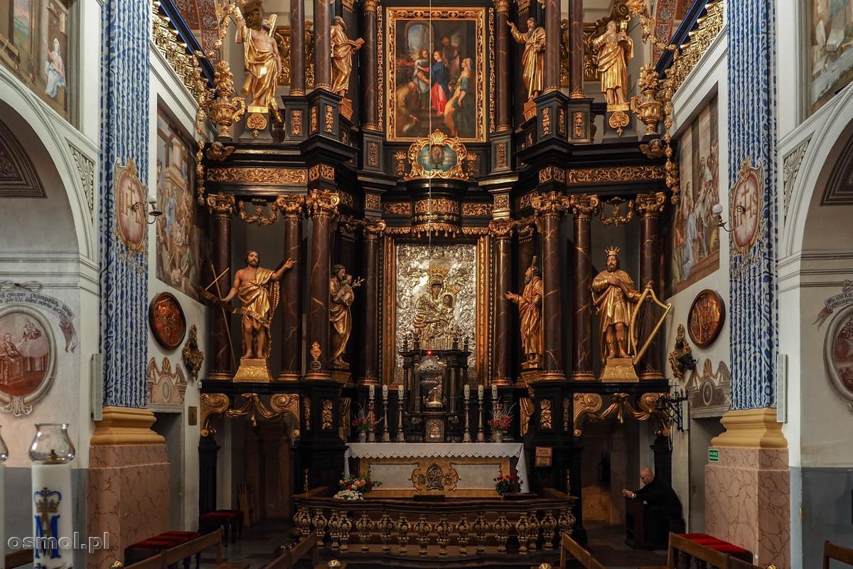 Ołtarz główny bazyliki w Świętej Lipce