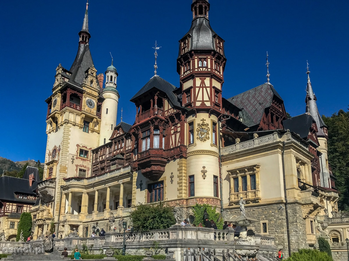 Bajkowy Pałac Peles w Rumunii