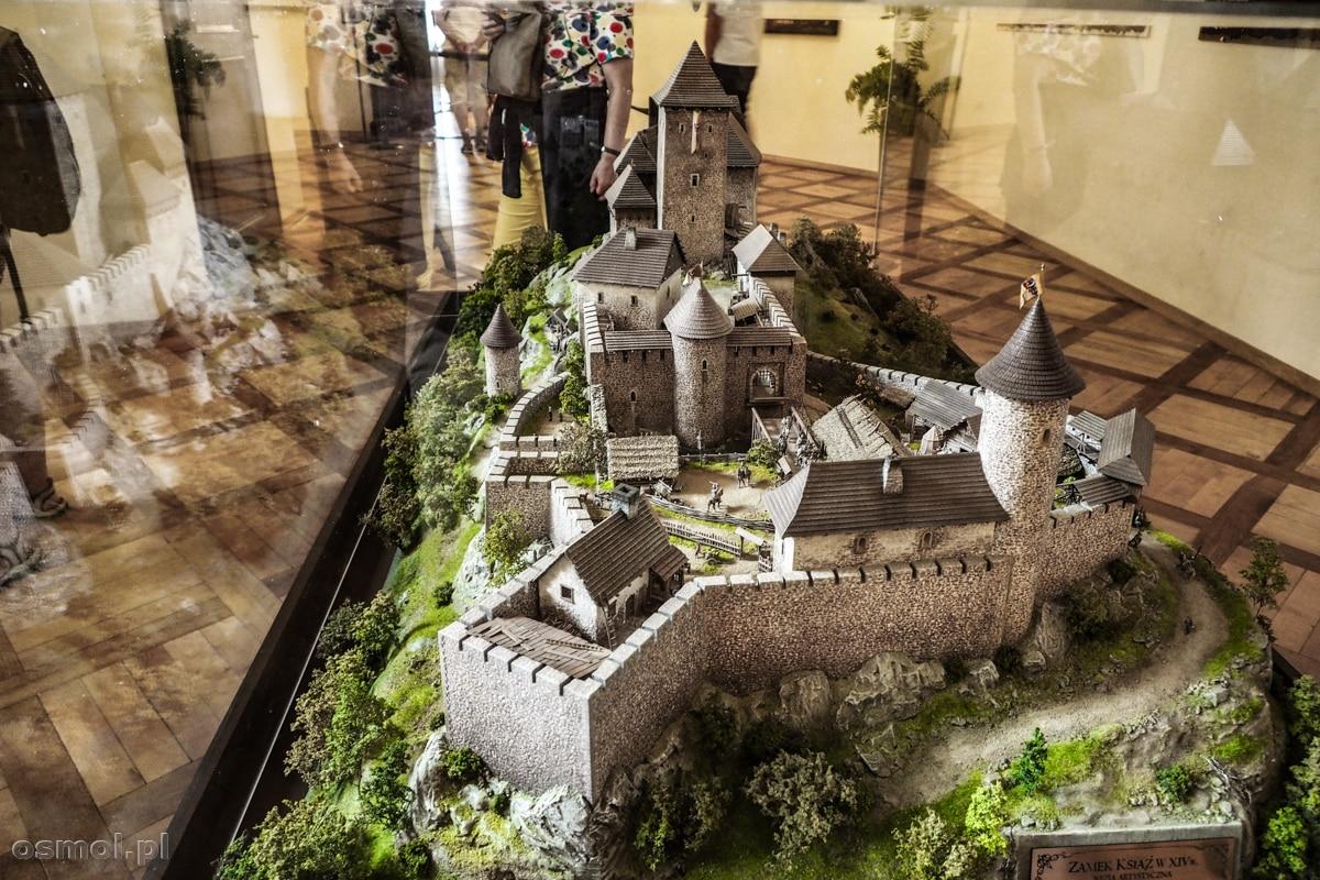 Makieta pokazująca, jak w XIV wieku wyglądał zamek Książ