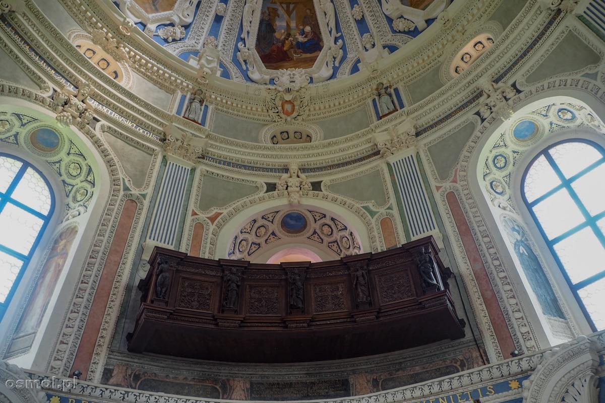 Wnętrze kaplicy zamkowej w Krasiczynie