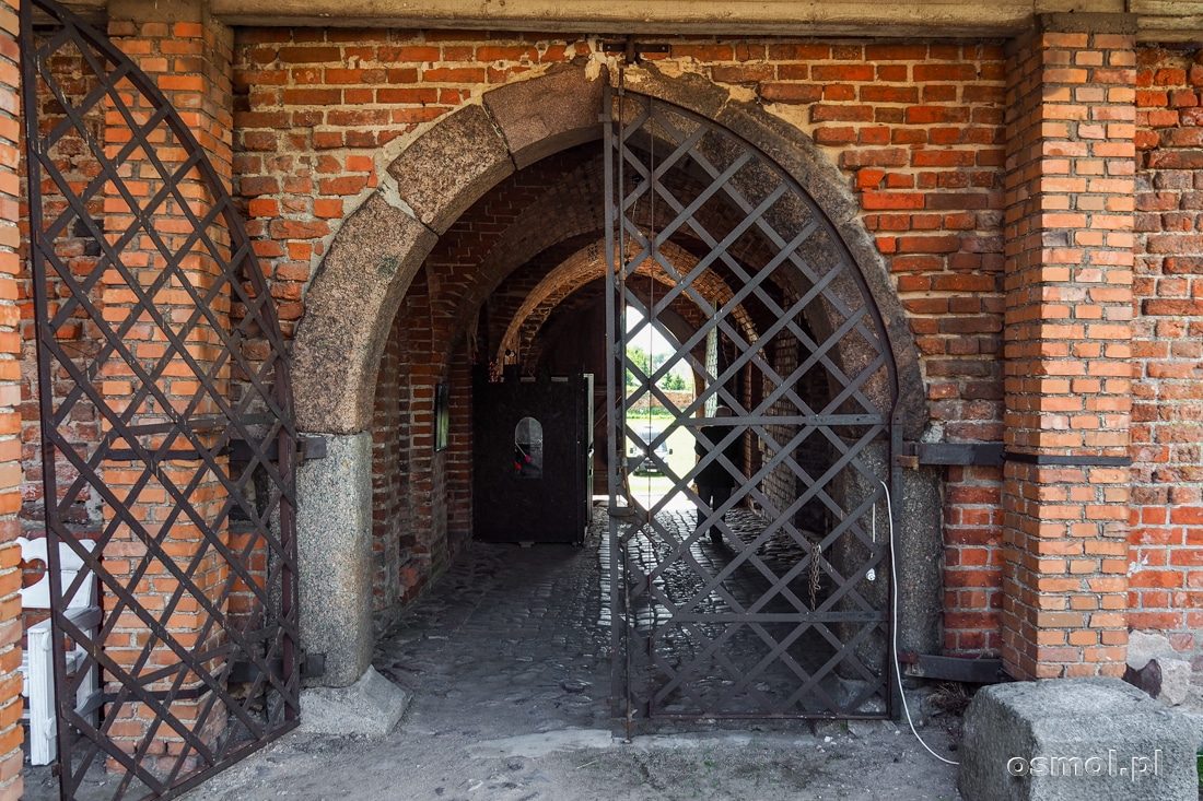 Brama wjazdowa do zamku w Radzyniu Chełmińskim