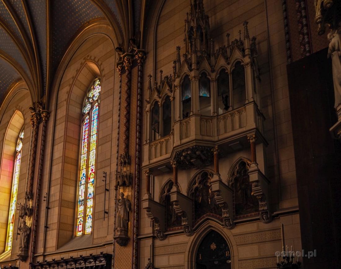 Zdobienia prezbiterium katedry św. Wacława