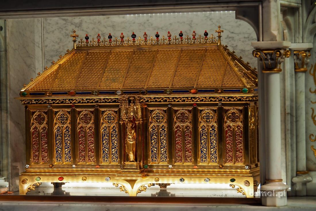 Sarkofag ze szczątkami świętego Jana Sarkandra