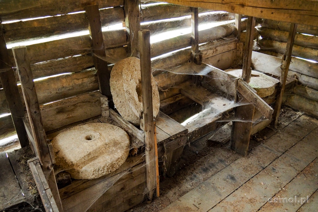 Kamienie młyńskie, które można obejrzeć w starych młynach