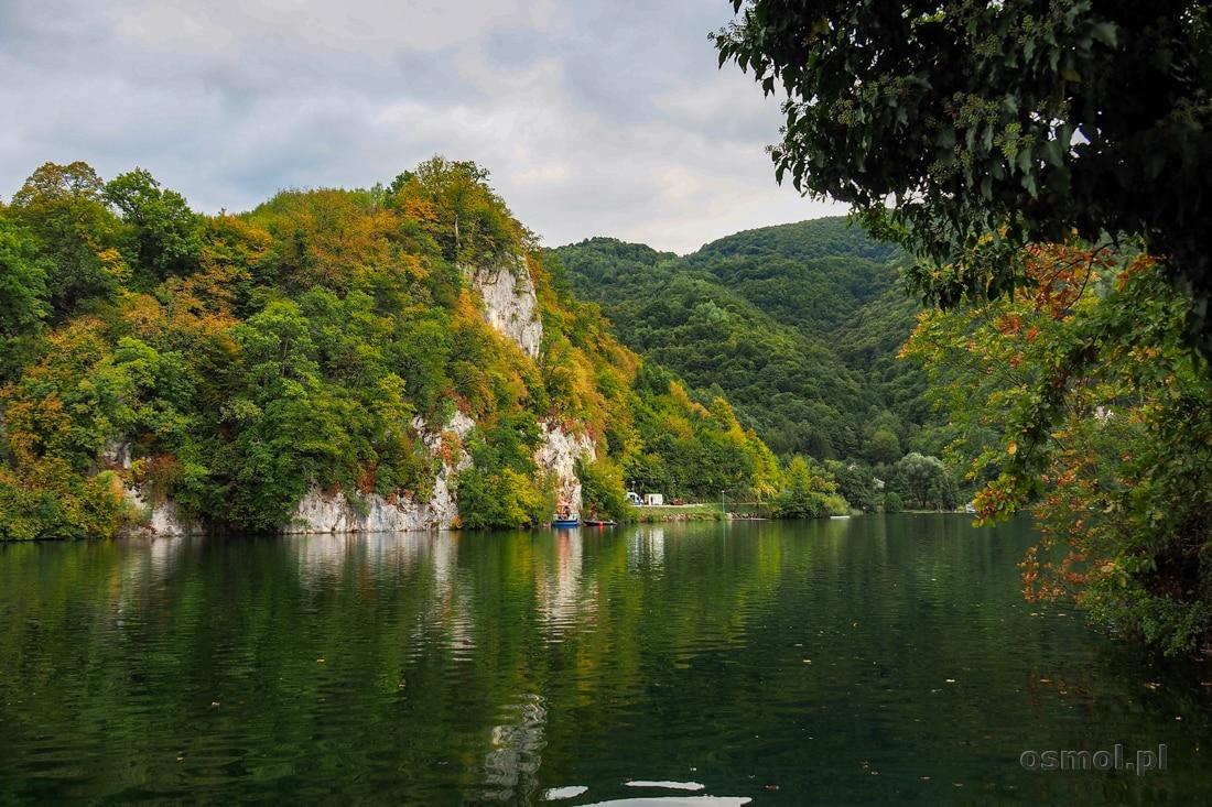 Jezioro Plivskie jesienią