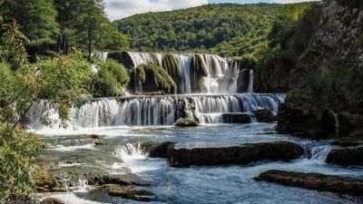 Štrbački buk na rzece Una w całej swej krasie